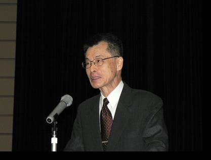 講義中の米浪信男教授